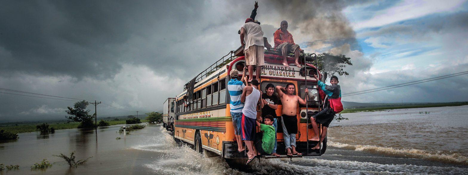 """Ausstellung: """"Zeit für Wandel. Eine Fotoausstellung zur Klimapartnerschaft Friedrichshain-Kreuzberg – San Rafael del Sur"""""""